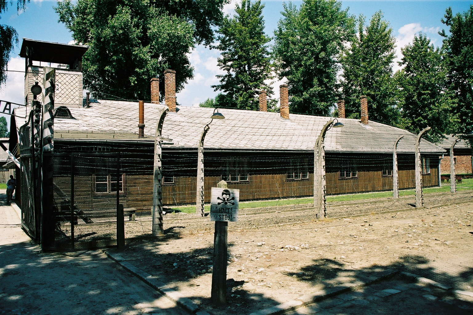 photo Auschwitz 1, cloture