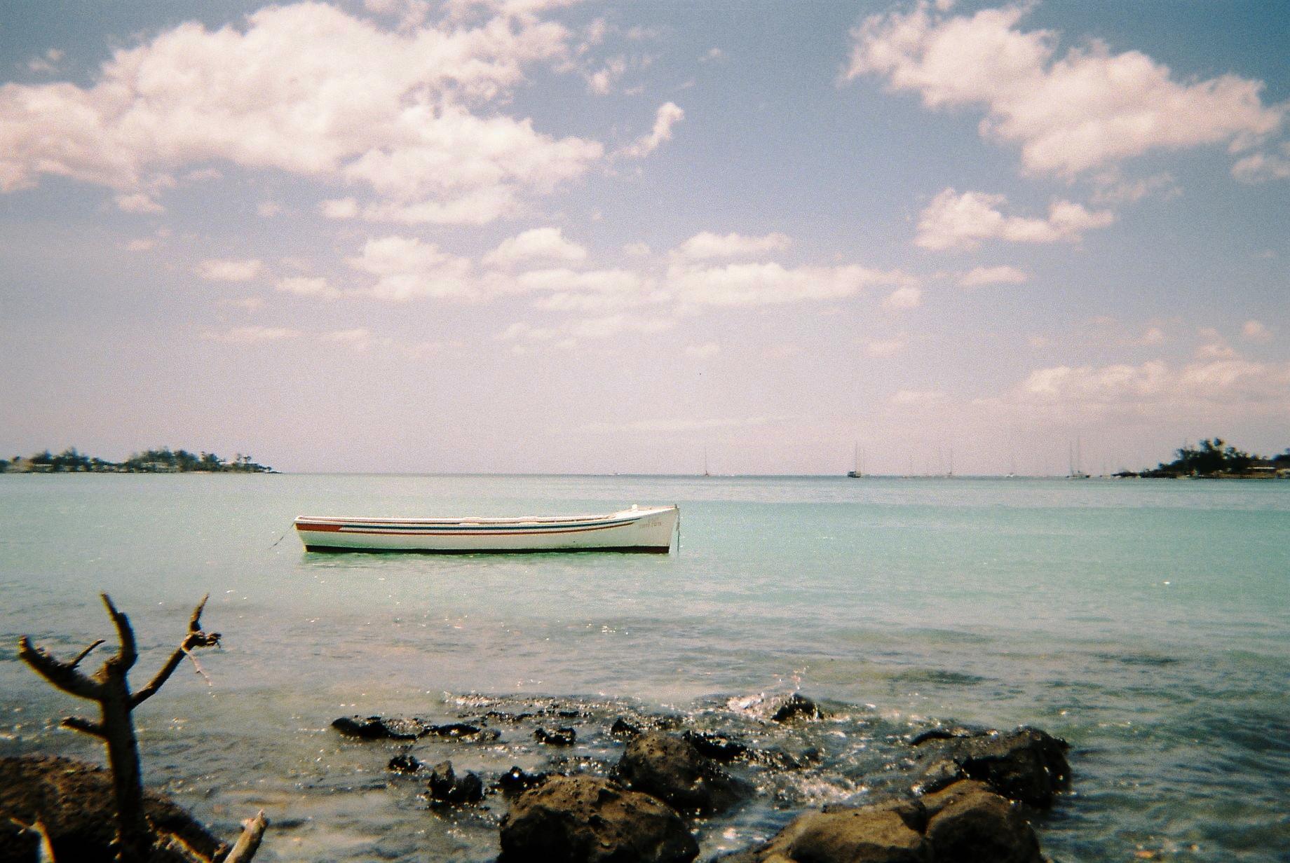 Ile Maurice, baie de Mahebourg, barque