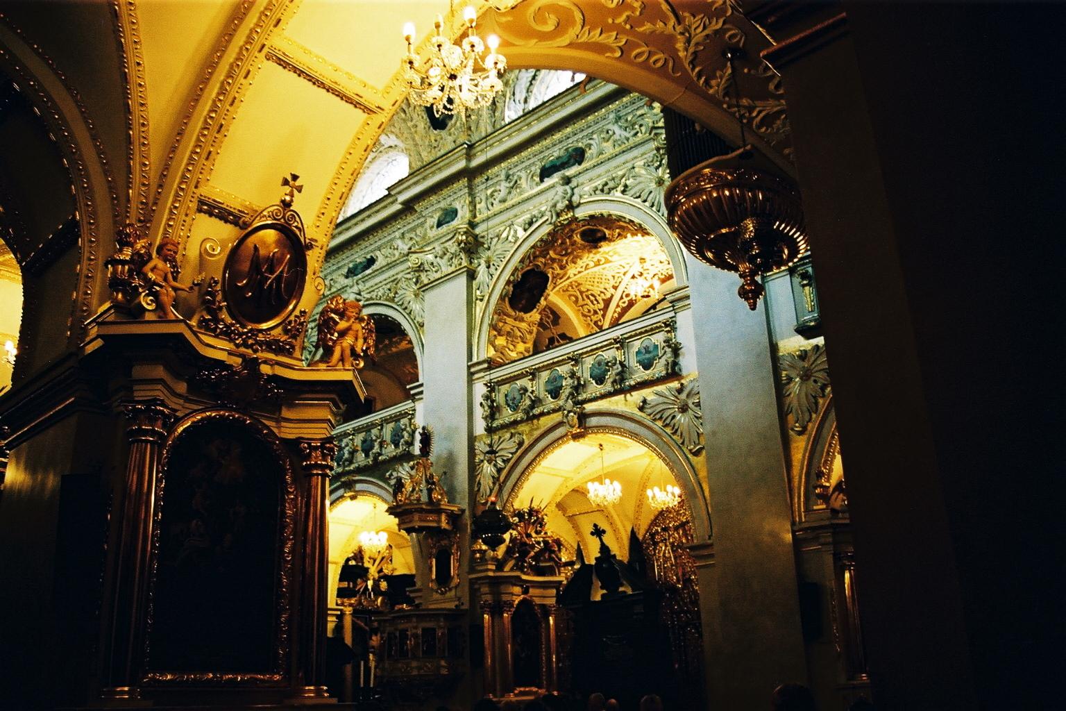 Int�rieur de la basilique de Jasna Gora