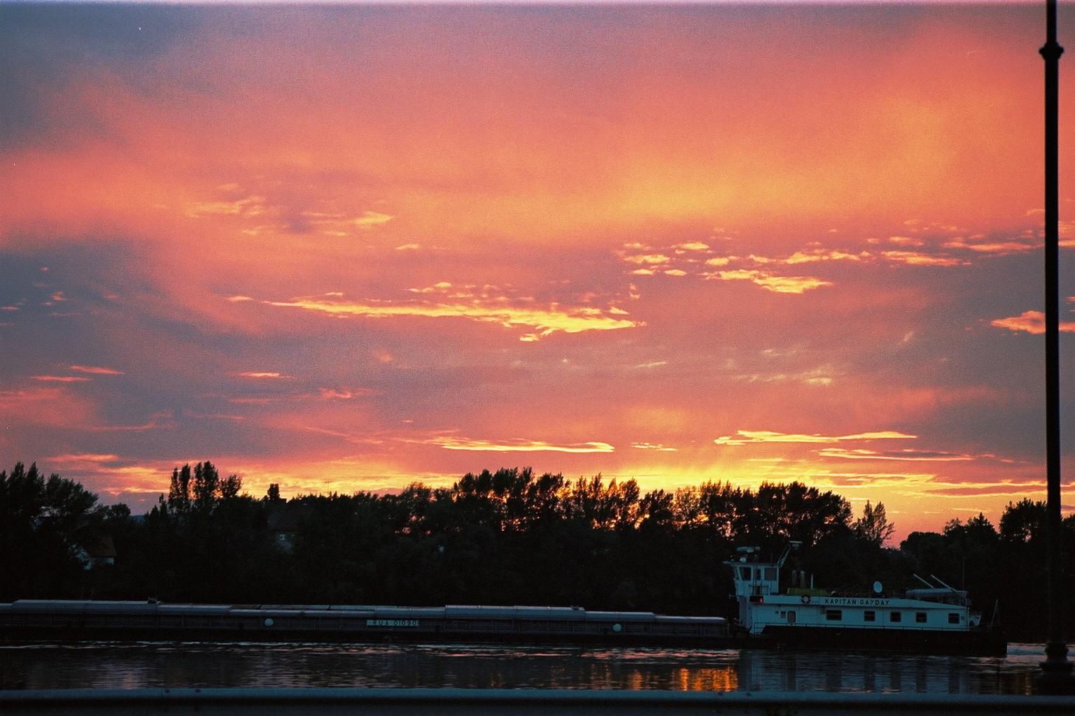 Esztergom, coucher de soleil sur Le Danube