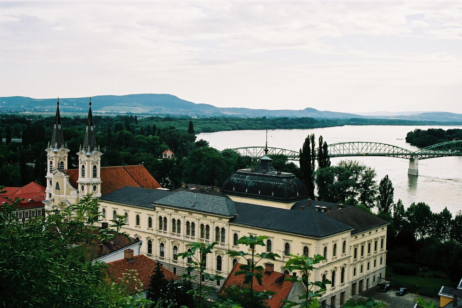 Palais épiscopal d'Esztergom