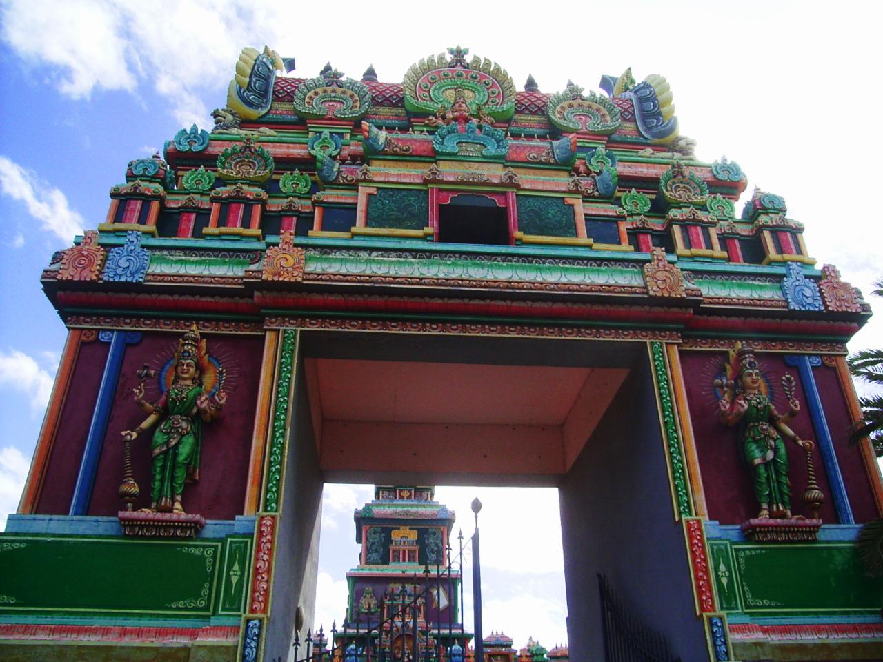 temple tamoul, quartier ravine blanche